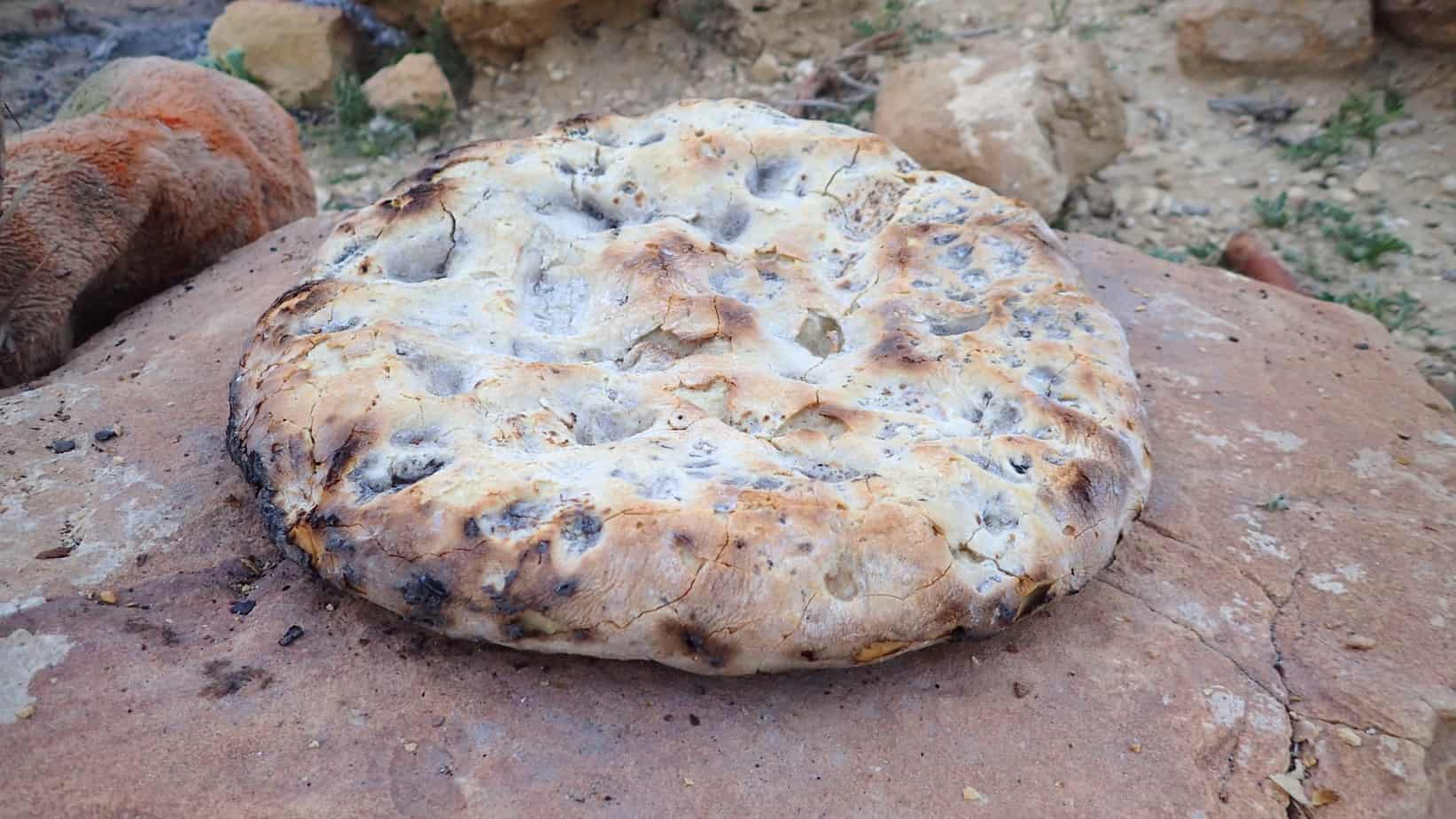 Bedouin bread on the fire